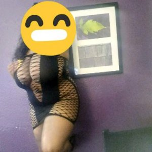 Chafika mature escort girl in Pleasanton