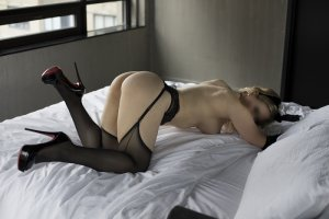 Santina escort and erotic massage